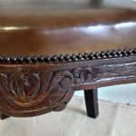 Carved office armchair - Detail 1